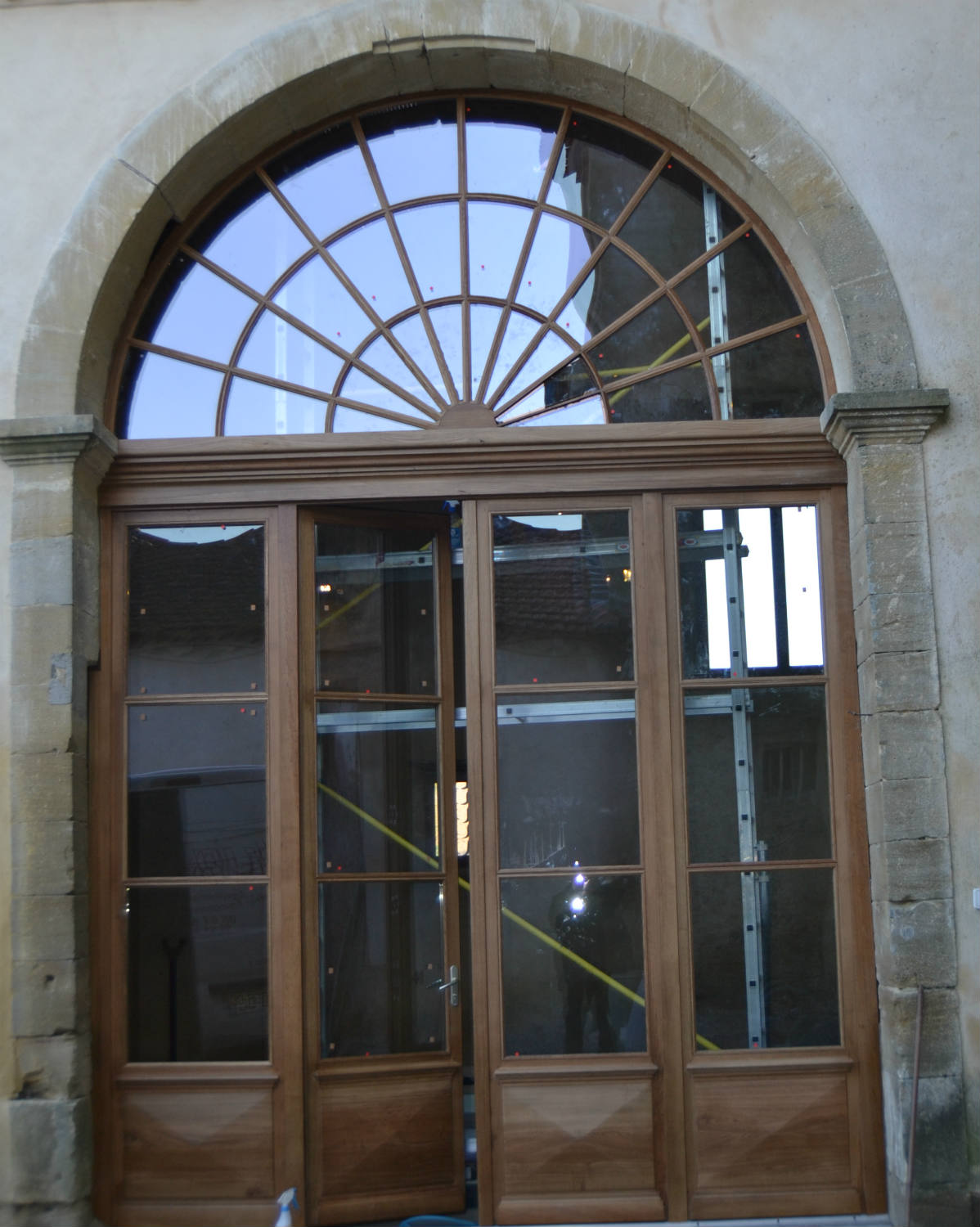Porte Fenetre Arrondie Of Porte Bois Cintree Images
